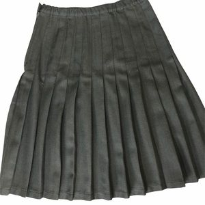 Land's End women's gray pleated skirt size M